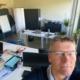 Selfie de Pascal aux bureaux de Selltim